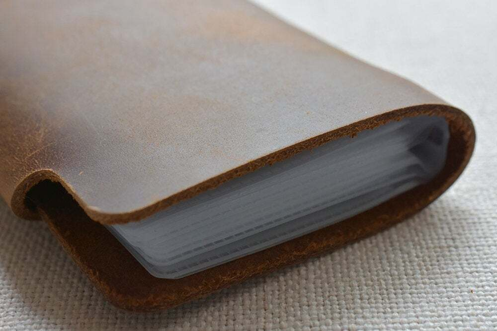Leather credit card holder TA 051-6